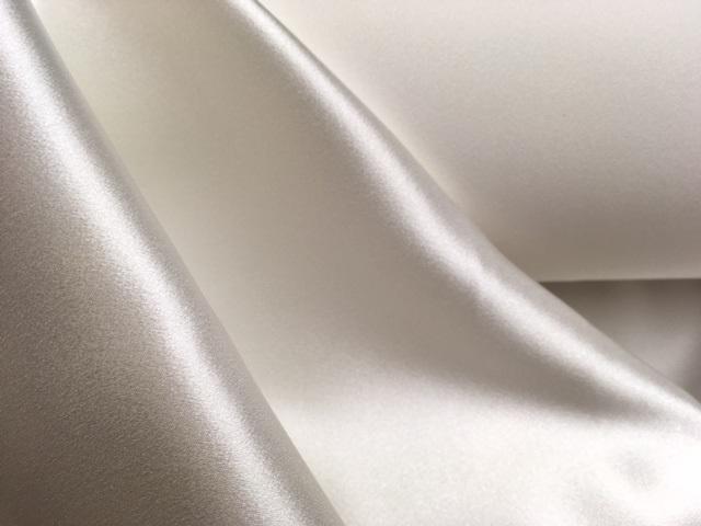 Crêpe envers satin de soie