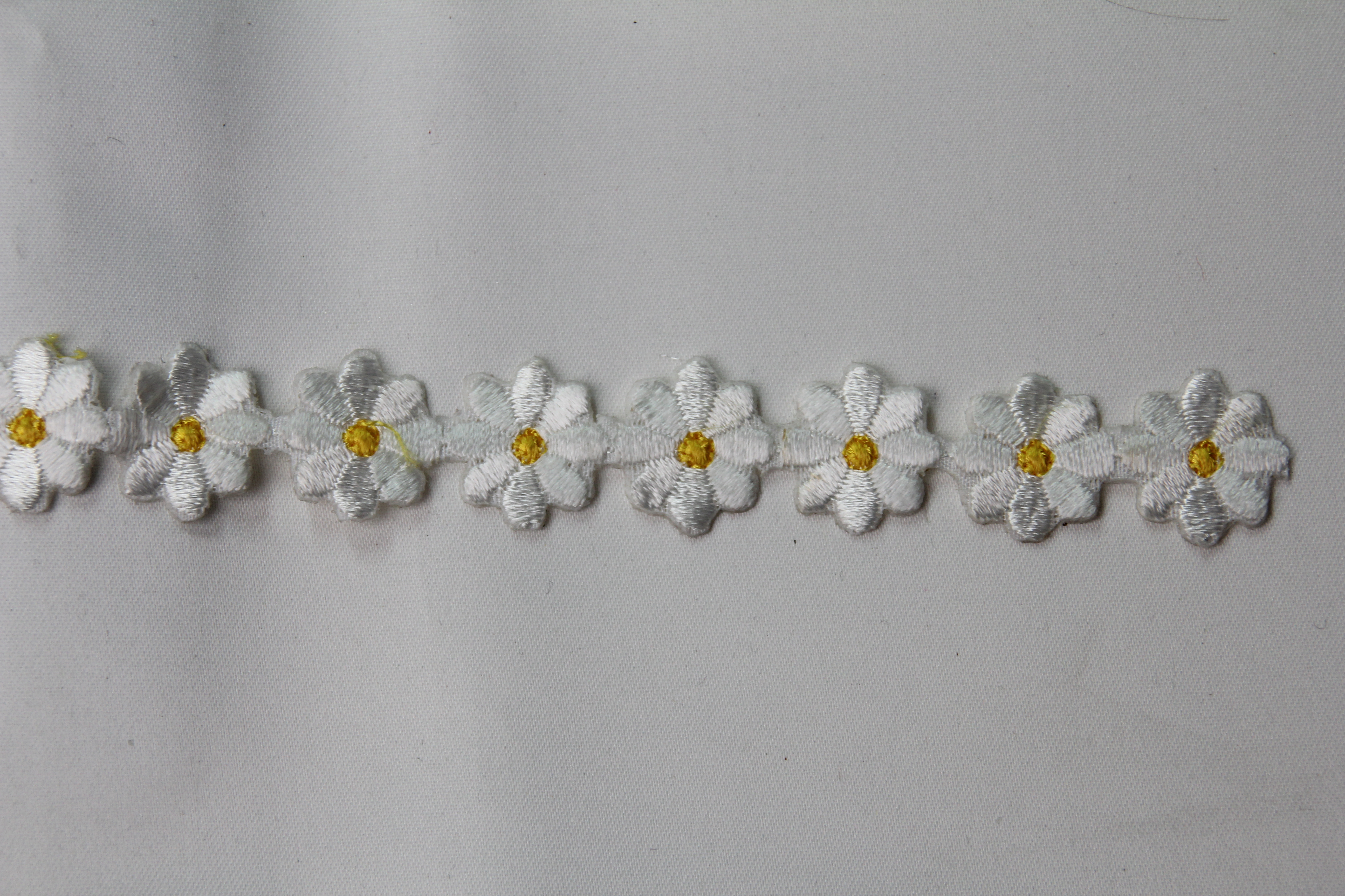 Petite fleur thermocollante marguerite