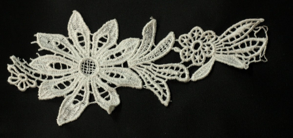 Applique de fleurs aspect coton