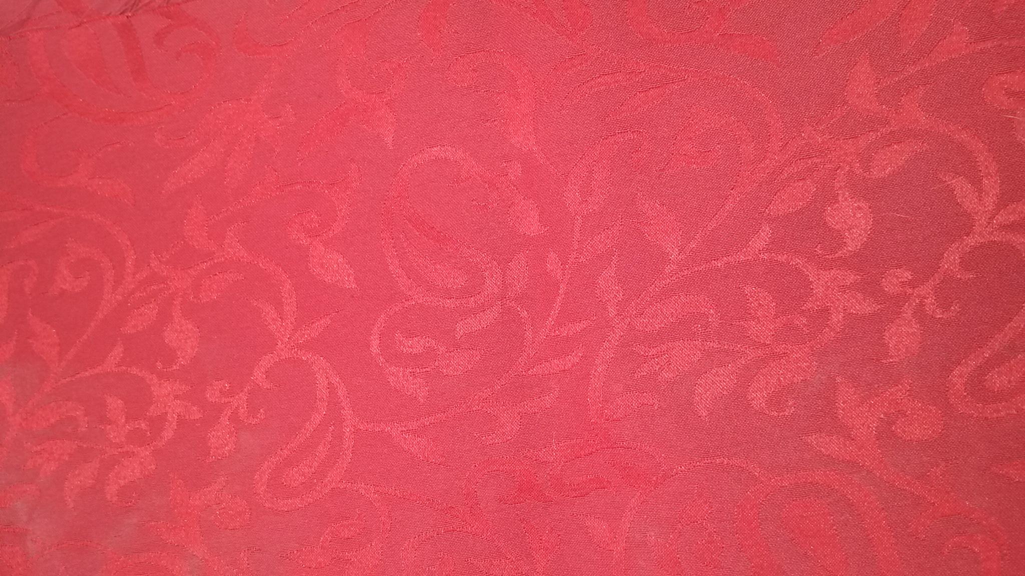 Arabesque Rouge